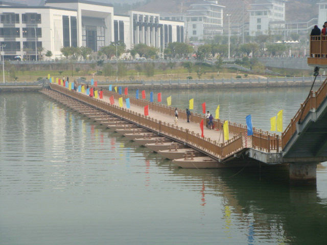 Temporary Floating Pontoon Ribbon Bridge For Medium and Large Rivers